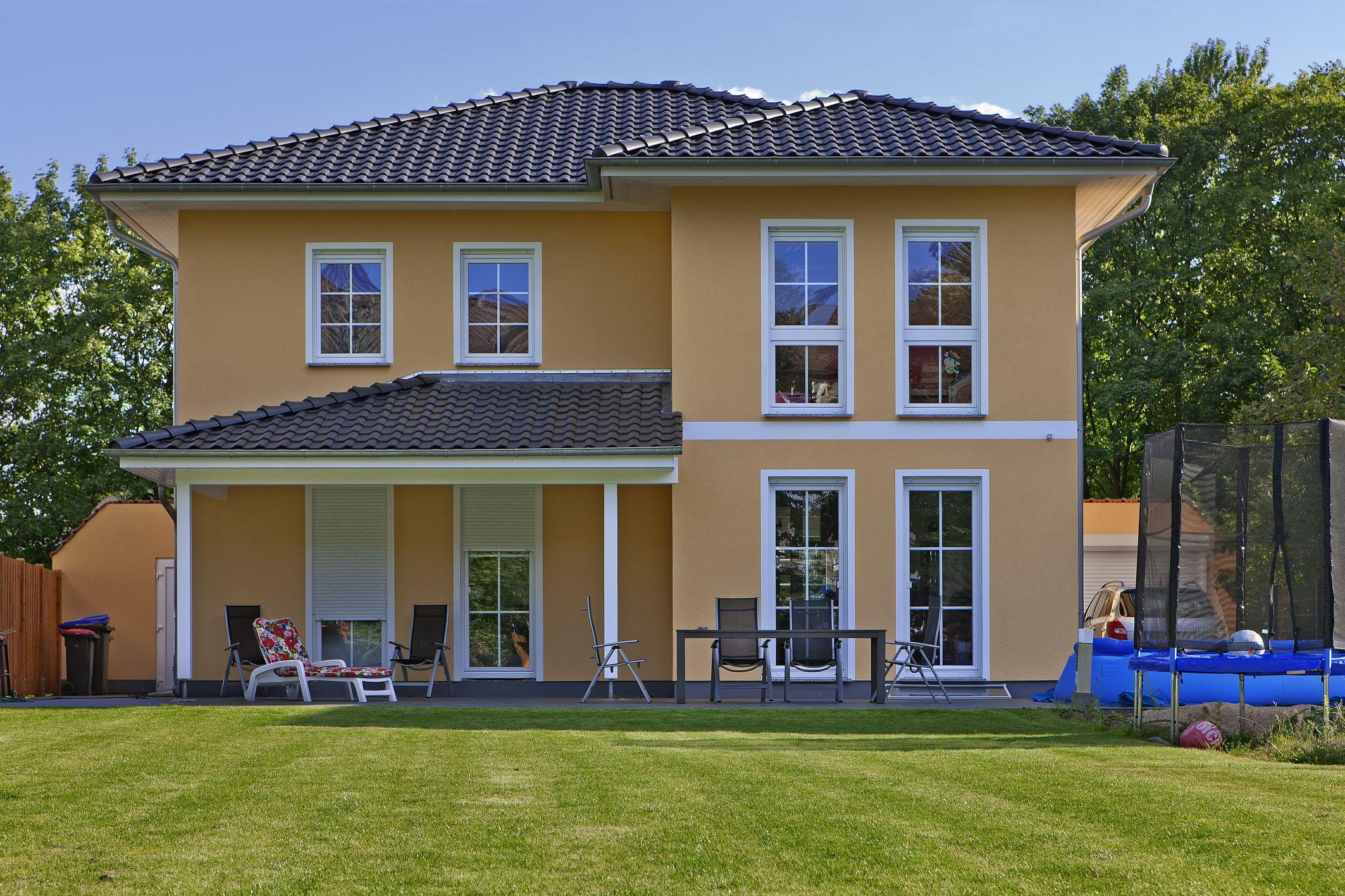 charmante villa verona zu besichtigen hausbesichtigung am 11 12 august in 14624 dallgow d beritz. Black Bedroom Furniture Sets. Home Design Ideas