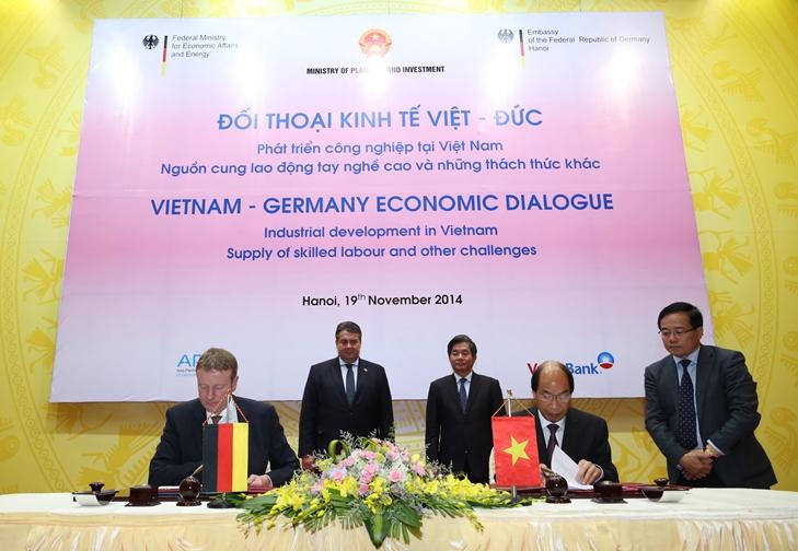 IVU and UTC University Vietnam sign Memorandum of Understanding