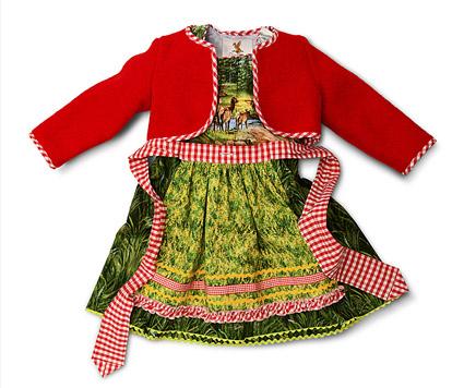 Exklusive Kinderdirndl aus der Dirndleria® Boutique in der historischen Rosenstraße im bayerischen Tegernsee