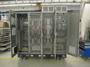 Die FEST AG liefert gemeinsam mit Knorr-Bremse Powertech die Ausrüstung für komplexe Schienenfahrzeugprüfstände bei der Deutschen Bahn