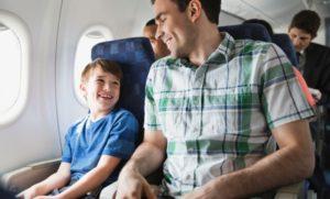 ERV_Familienratgeber-300x181 Stressfrei mit Kindern fliegen