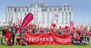 Französische und deutsche Mitarbeiterinnen und Mitarbeiter von Pfeiffer Vacuum nehmen erfolgreich an Corporate Games teil