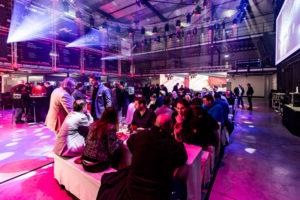Networking und Neuheitenpräsentation auf den AED Customer Nights Deutschland