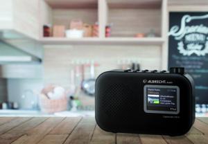 Albrecht DR 65 C: Portables Radio ohne Ecken und Kanten für exzellenten DAB+ Hörgenuss