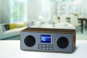 27880_AE_Radio_Living_Room-800x533-300x200 Moderne Technik klassisch schön: Stereo-Digitalradio Albrecht DR 880 in edlem Holzgehäuse