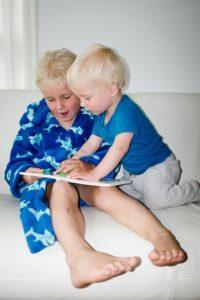 Lesen verbindet und vermittelt Geborgenheit
