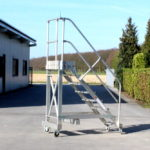 Gebrauchte Podestleitern bei Lagertechnik Becker