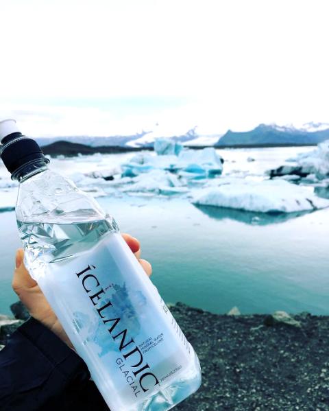 Vom Gletscher direkt in die Flasche: Icelandic Glacial Water – das Wasser aus dem ewigen Eis – exklusiv erhältlich bei Lifestyle Drinks