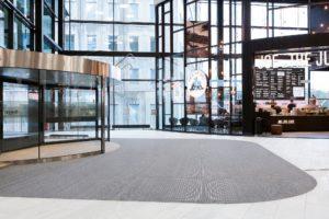 Neuheit: Top Clean STABIL XL – starke Profilkonstruktion mit Schalldämmung. Stabiles Sauberlaufsystem für große Flächen.