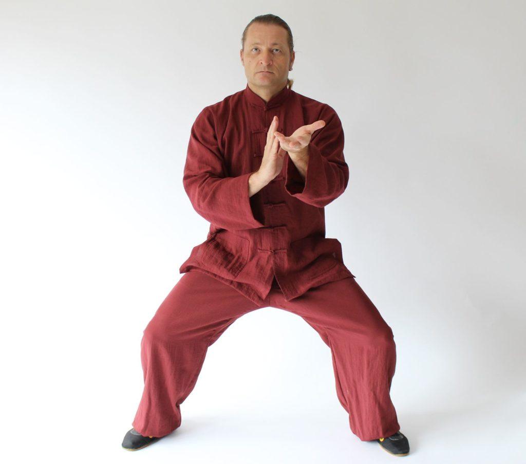 Tai Chi: Fließende Bewegungen für einen gesunden Körper & Geist