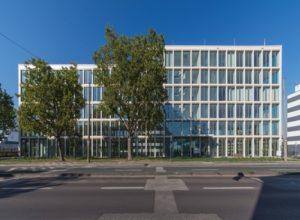 Flexible Arbeitsräume für mehr Produktivität: Im März 2018 eröffnet das 100. Regus Office am Wirtschaftsstandort Wiesbaden