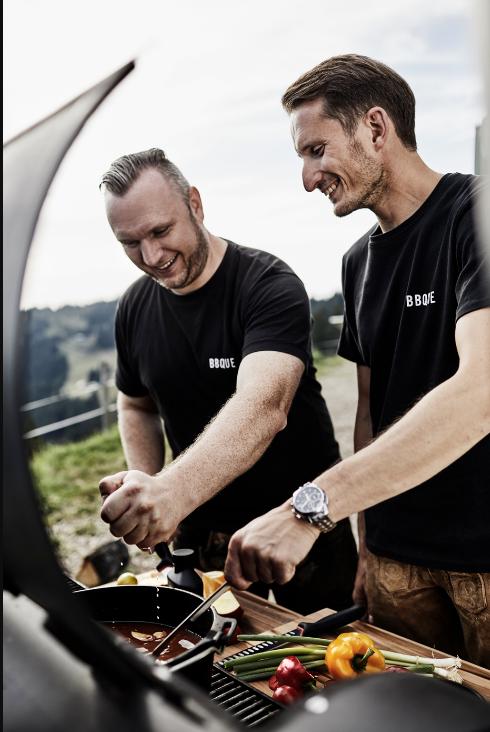 Vom Hobby zum Beruf – die Erfolgsgeschichte von BBQUE! Von der Idee einer bayrisch-amerikanischen Grillsauce hin zu über 500.000 produzierten Grillsaucen im Jahr 2017!