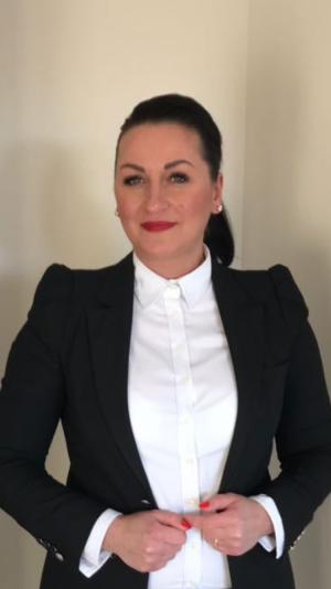 magdalena jedrasik bernimmt zum als direktorin die leitung des hotels schlossgut. Black Bedroom Furniture Sets. Home Design Ideas
