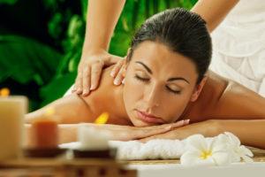 10 Mythen und Wahrheiten über Massagen