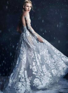 White wedding dress – the most beautiful moment for women