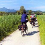 Unterwegs auf Fernradwegen – ERV-Tipps für Radler