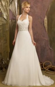 The little trick of trying on a wedding dress has the perfect trousseau