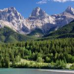 Der höchste Berg der kanadischen Rockys wartet auf Urlauber