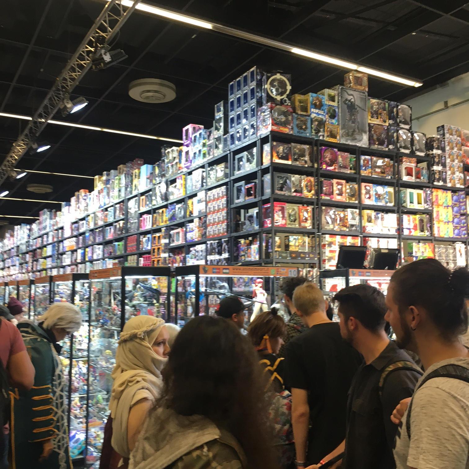 gamescom-2018-merchandise-halle-5