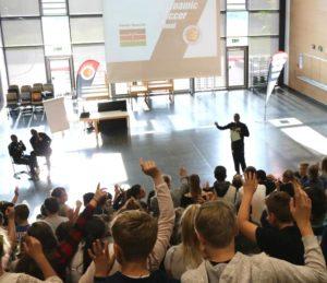 Dynamic Soccer School gibt Werteimpulse an KGS