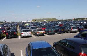 Parken am Flughafen Weeze. P3 Parkplatz reservieren