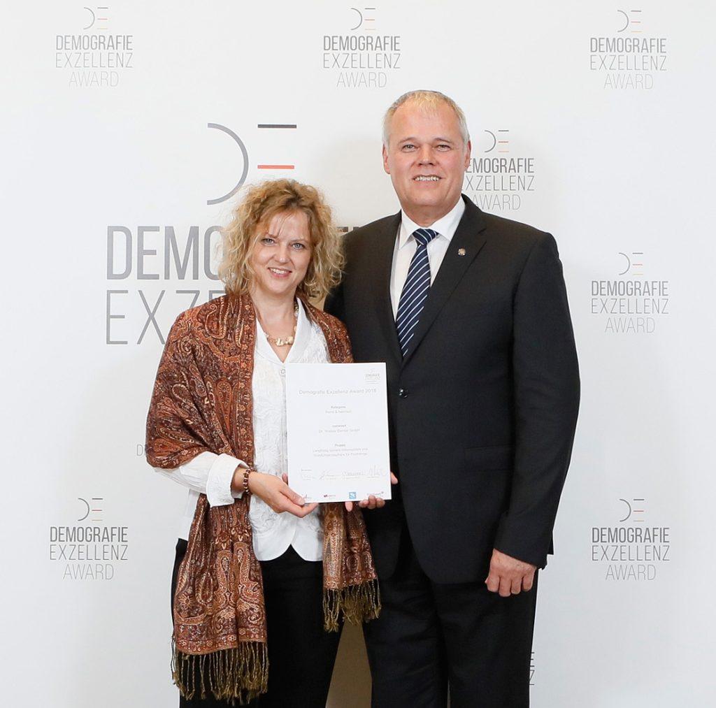 Dr. Walser Dental beim Demografie Exzellenz Award ausgezeichnet