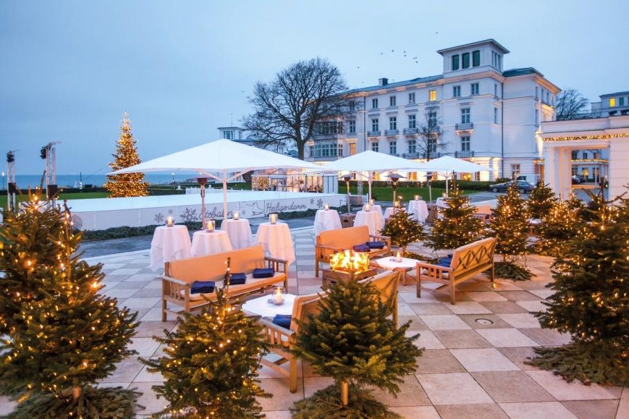 Ein Traum in Weiß – Das Grand Hotel Heiligendamm eröffnet feierlich seine Winter-Eisfläche