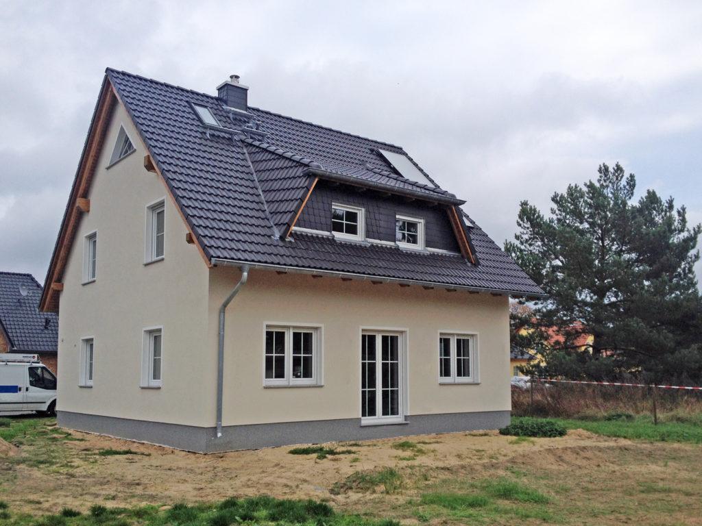 Roth-39-2018_HB-Landhaus-142-Mellensee_Bild_01-1024x768 Ein Landhaus zum Verlieben | Hausbesichtigung am 17./18. November in 15838 Am Mellensee OT Klausdorf