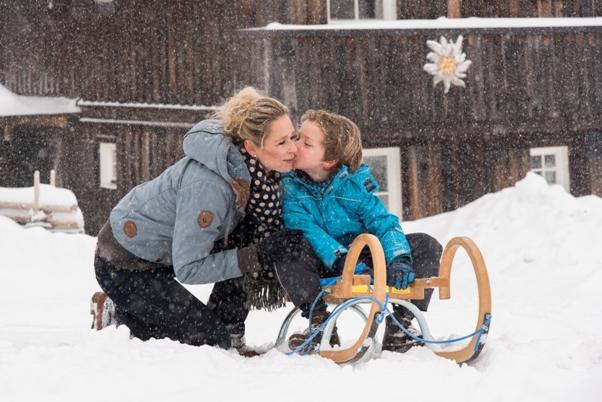 Winterauszeit auf der Südseite der Alpen – Wellness Kurzurlaub & Skivergnügen für Familien im Mountain Resort Feuerberg auf der Gerlitzen Alpe