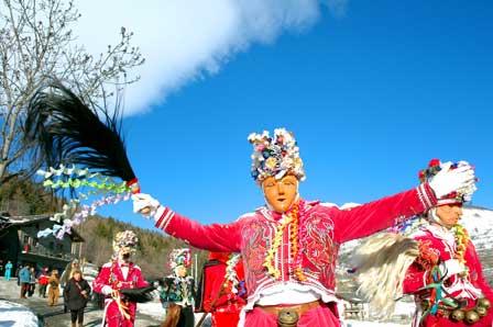 Karneval in den italienischen Alpen – die Coumba Freida im Aostatal