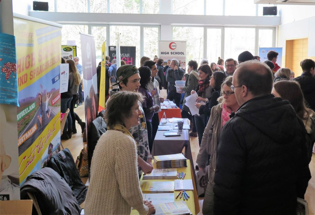 YETF_Salzburg-Beratung_2-1024x700 Spezialmesse zu Auslandsaufenthalten wieder in Salzburg