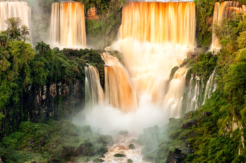 Iguacu-Falls_cRodrigo-Mantovani_Embratur-1024x682 März: Brasiliens Foto des Monats