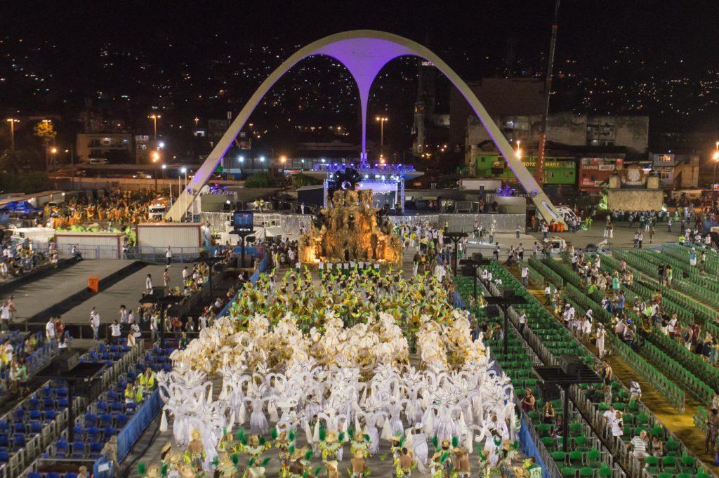 Sambodromo_Rio_cShutterstockEmbratur-1024x681 In Rio de Janeiro: Die ganze Vielfalt brasilianischer Architektur erleben