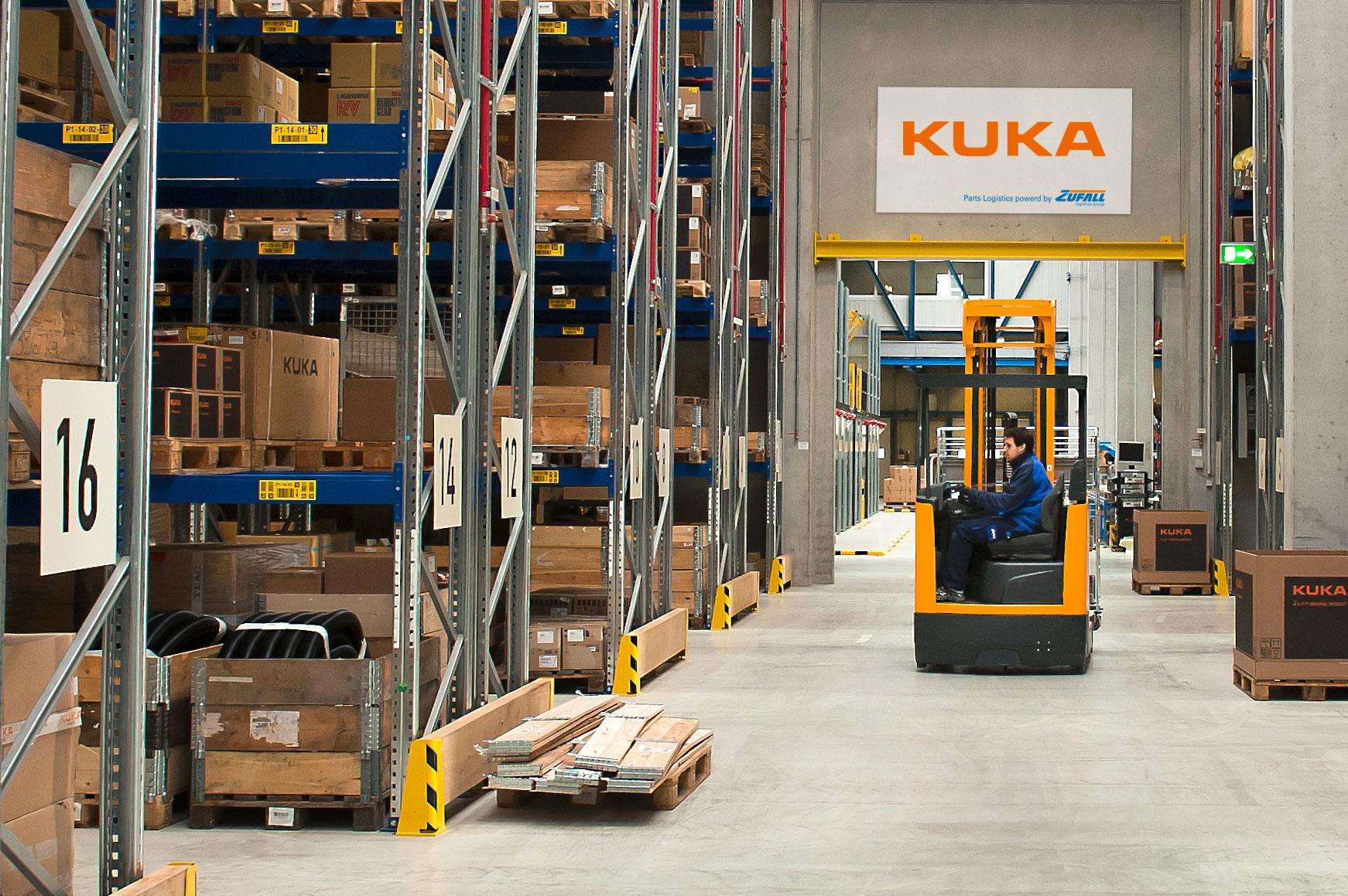 Das spezielle Logistik Center der ZUFALL logistics group für KUKA
