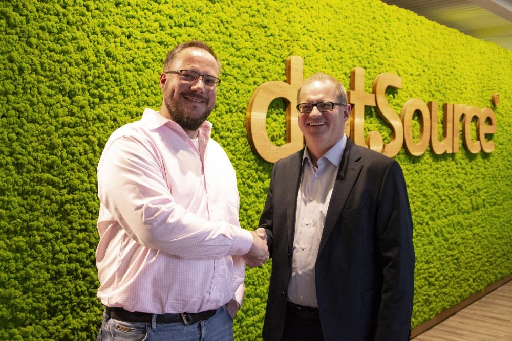 Channel Sales Partnerschaft: dotSource und Stibo Systems intensivieren Zusammenarbeit zur Kundenstammerweiterung