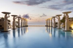 """The Mulia, Bali: vom Luxus Kids Club mit eigenem Check-in bis zum Familien Fun Dinner im Baumhaus oder dem """"tierischen"""" Frühstück mit Orang-Utans!"""