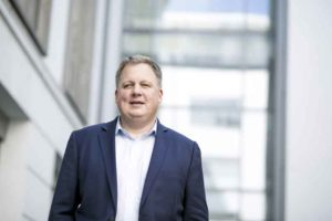 Dr. Donovan Pfaff referiert über die erfolgreiche Einführung der E-Rechnung