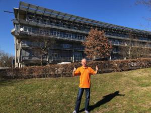 Geschäftsführer-Ralf-Mühlenhöver-freut-sich-über-mehr-Platz-im-neuen-Büro-am-Standort-in-Hamm.-300x225 voiXen weiter auf Wachstumskurs: neues Büro am Hammer Standort