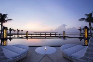 Mulia-Bali_Ocean-Pool-300x200 Neu, The Mulia, Bali: Wellness Frühstück zum Sonnenaufgang und Champagner & Kaviar Set der Extraklasse zum Sonnenuntergang
