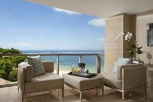 Mulia-Bali_Royal-Suite-Patio-300x200 Neu, The Mulia, Bali: Wellness Frühstück zum Sonnenaufgang und Champagner & Kaviar Set der Extraklasse zum Sonnenuntergang