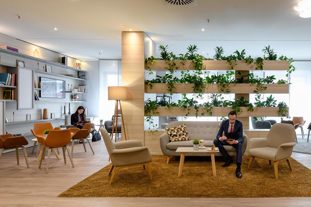 Arena, Living & Break: Eine neue Lobby für das Novotel Frankfurt City
