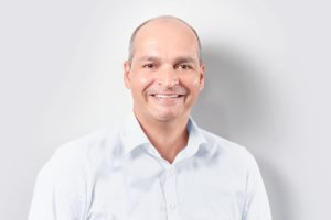 PLUS-BI-Janosch-Brengel_klein-300x200 PlusServer beruft neuen Chief Marketing Officer und neuen Chief Product Officer