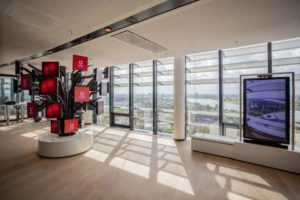 Sigma_Vodafone_web-300x200 SIGMA entwickelt Shift-Screen für Vodafone Campus in Düsseldorf