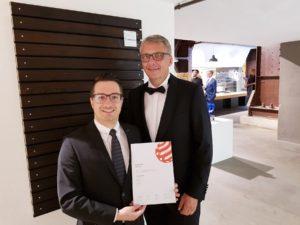 MOCOPINUS – Gewinner des Red Dot Awards 2019 für karbonisierte Holzprofile. Auszeichnung für hohe Designqualität von CARBOSET10