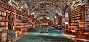 Woher kommt der Begriff Literatur?