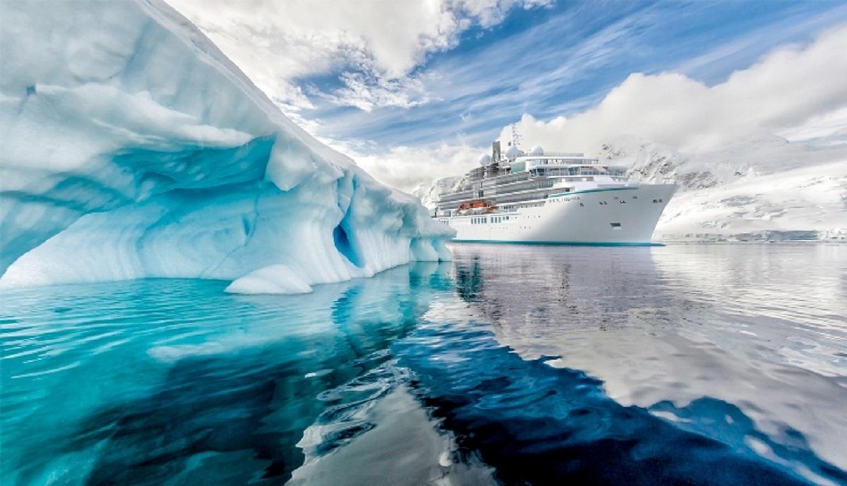 Luxusliner Crystal Endeavor wird auf der Cruise ab dem 15.Oktober 2020 von Bali nach Cairns durch Nobu Matsuhisa begleitet