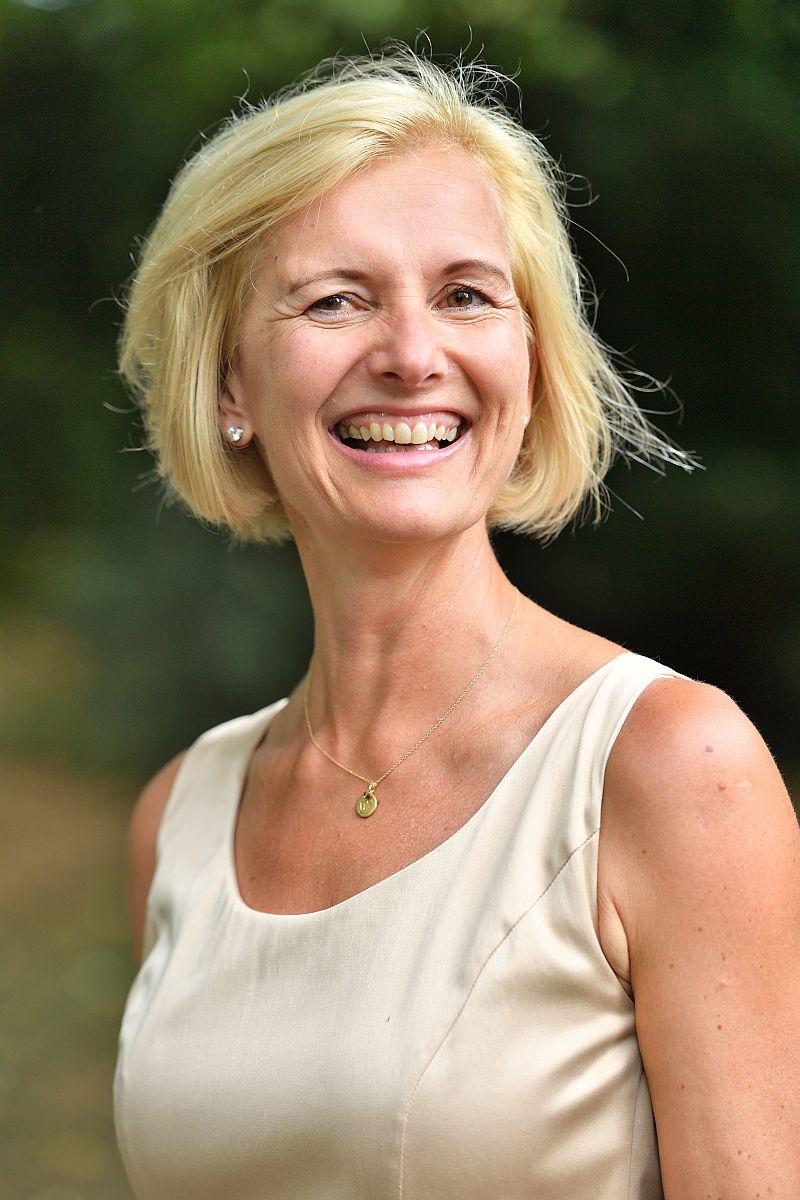 066_Wehr-Agnes-800600 Entspannungs-Expertin Agnes Wehr (SleepWELL) über Ernährung und Schlaf