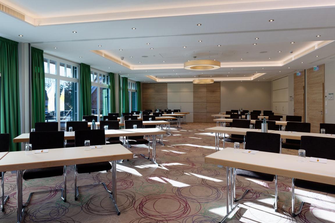 Ringhotel-Sellhorn-Tagung-Raum-1-bis-3-Tischreihen_k Die neuen Tagungsräume im Ringhotel Sellhorn — für erfolgreiche Unternehmensevents in ruhiger Lage