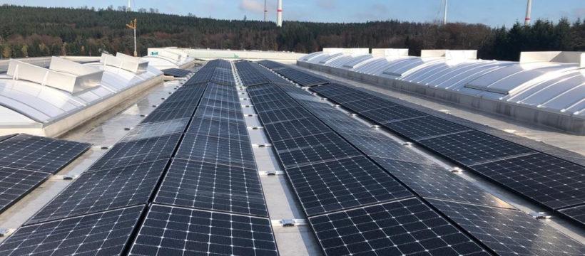 ZUFALL Haiger mit Photovoltaik auf dem Weg zu mehr Nachhaltigkeit