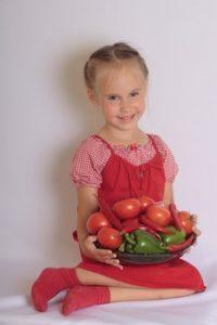 VeggieErnaehrungKind-200x300 Veggie-Ernährung bei Kindern